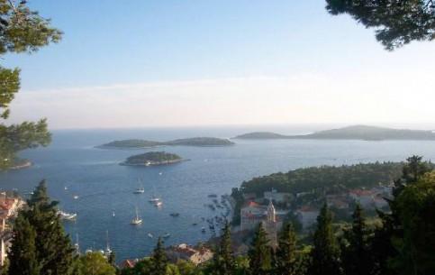 Croatia:      Korcula Archipelago Cruises