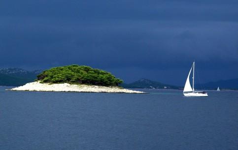 克罗地亚:      Kornati National Park