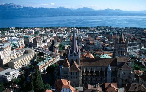 瑞士:      洛桑