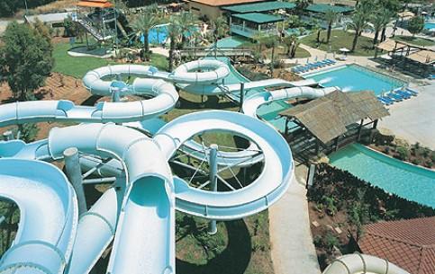 リマソール:  キプロス:      Limassol, waterpark