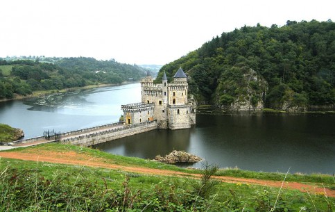 Orleans:  France:      Loire Valley