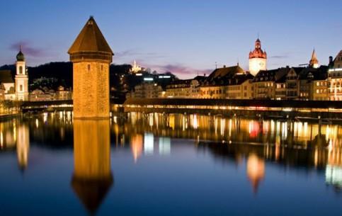 瑞士:      Lucerne