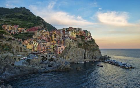Лигурия:  Италия:      Манарола
