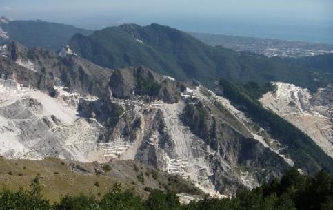 Toscana:  Italy:      Massa-Carrara