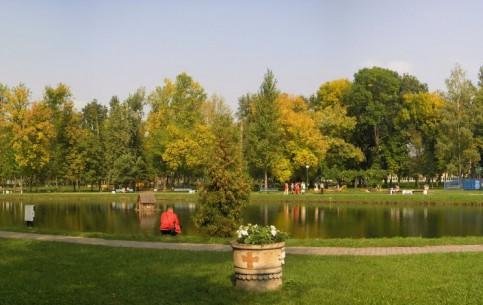 Брест:  Беларусь:      Парк имени 1 мая