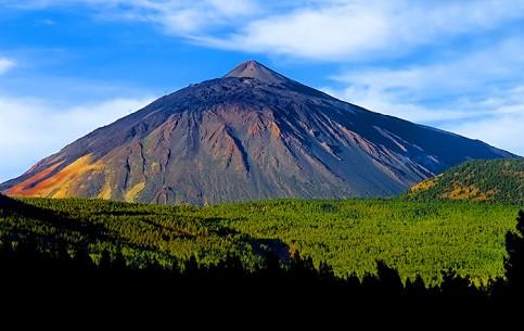 加那利群岛:  西班牙:      Mount Teide