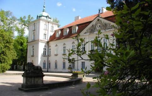 ポーランド:      Nieborów