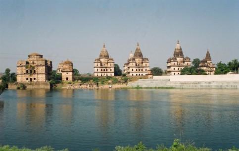 インド:      Orchha
