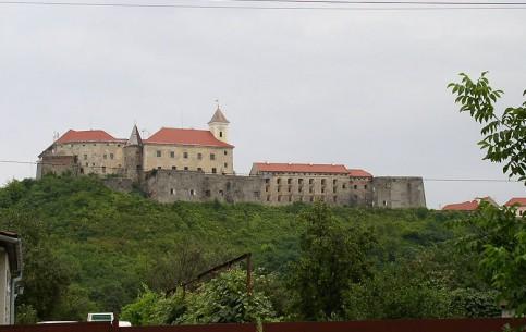 穆卡切沃:  乌克兰:      Palanok Castle