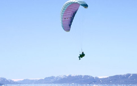 Images Paragliding in Greenland entertainment