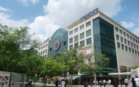 Singapore:       Plaza Singapura
