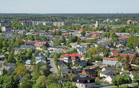 フィンランド:      ラウマ