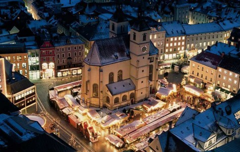 Regensburg:  Bavaria:  ドイツ:      Regensburger Christkindlmärkte