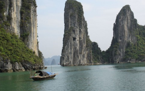 越南:  