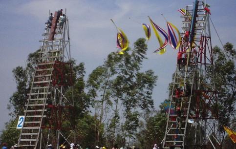 Таиланд:      Фестиваль ракет