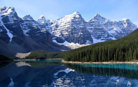 Alberta:  Canada:      Rocky Mountains Around Banff