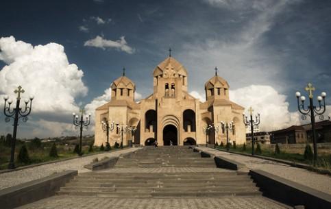 Yerevan:  Armenia:      Saint Gregory the Ilumminator Cathedral