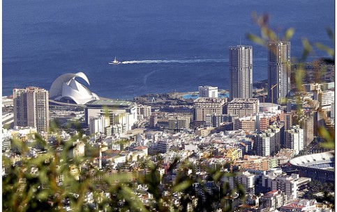 Canary Islands:  スペイン:      Santa Cruz de Tenerife