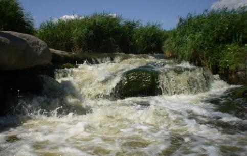 Днепропетровск:  Украина:      Токовский водопад