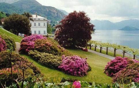 Bellagio:  伦巴第:  意大利:      Villa Melzi