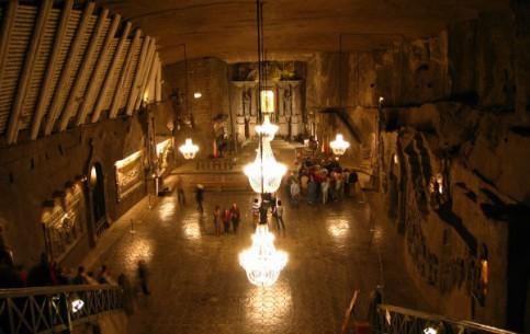 Краков:  Польша:      Соляная шахта в Величке