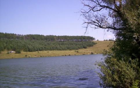 卡缅涅茨-波多利斯基:  捷尔诺波尔:  乌克兰:      茲布魯奇河