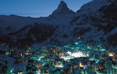 瑞士:      采尔马特