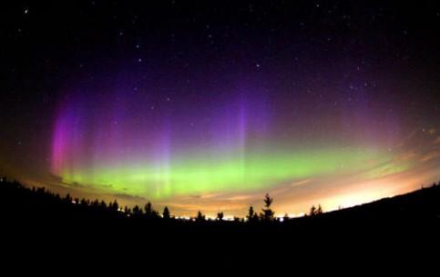 挪威:      polar lights in norway